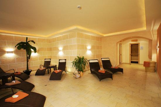 Hotel Garni Dr. Otto Murr: Wellnessbereich mit Hallenbad,Sauna,Dampfbad,Infrarotkabine & Solarium Hotel Dr. Otto Murr