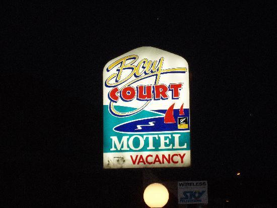 Bay Court Motel