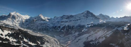 Belvedere Swiss Quality Hotel: Grindelwald valley Winter panorama