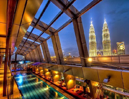 Traders Hotel, Kuala Lumpur: piscina panoramica da urlo!