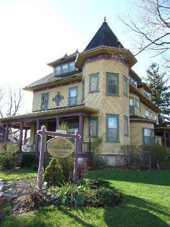 Sleepy Hollow Bed & Breakfast: Draußen