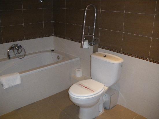 Hotel Best Terramarina : Salle de bains