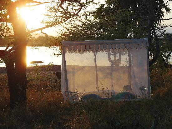 The Retreat Selous: Nomadic fly camping