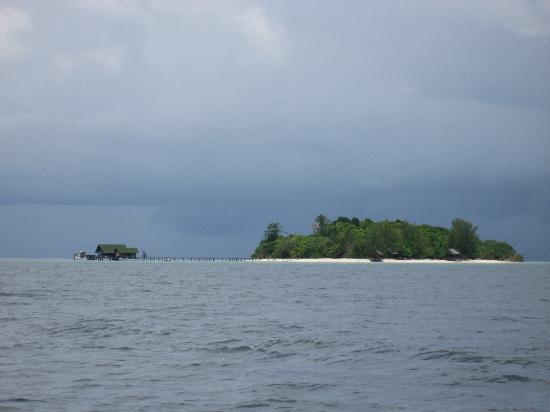Lankayan Island Dive Resort: Arriving - paradise island