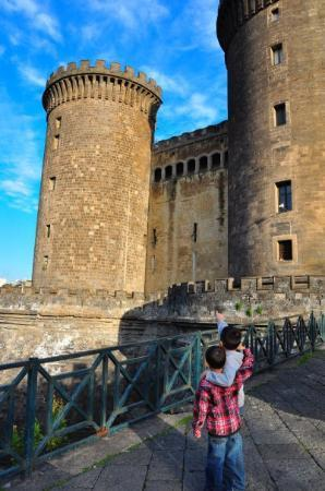"Casalnuovo di Napoli, Ιταλία: Castle Nuovo.""Castel Nuovo"" was constructed in 1279-1282 for Charles I d'Anjou"