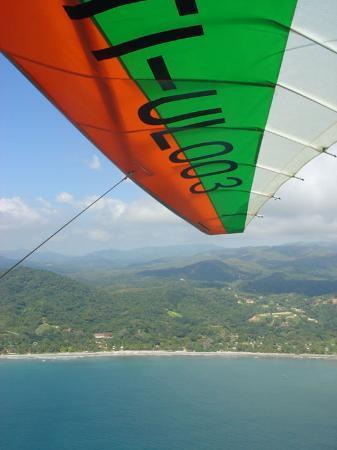 بلايا سامارا, كوستاريكا: Fliegen mit einem Leichtflugzeug von der Crocodile Lodge