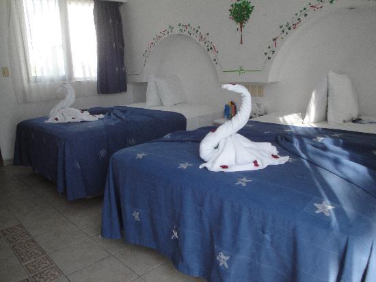 Koox Hotel Banana: Amplias camas, usabamos una sola.