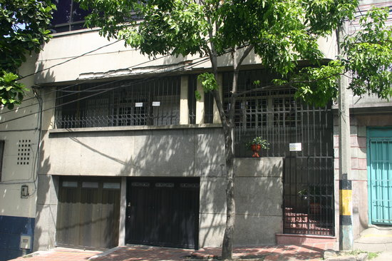 61Prado Guesthouse: Prado 61 exterior