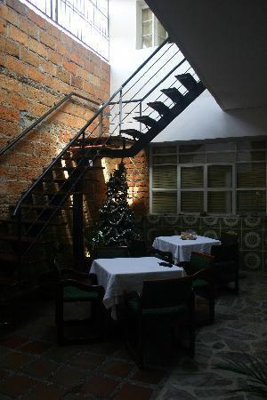 61Prado Guesthouse: Lobby