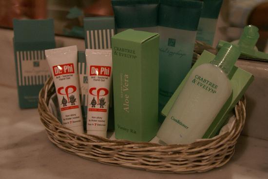Hotel Longchamps: bathroom amenities