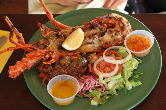 Le Petit Hotel: Grilled lobster at Pinel Island