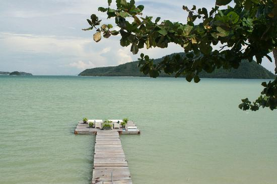 Serenity Resort & Residences Phuket: View from the pool
