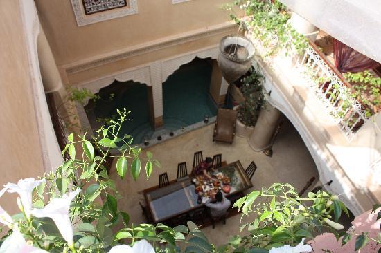 Riad Lorsya: patio
