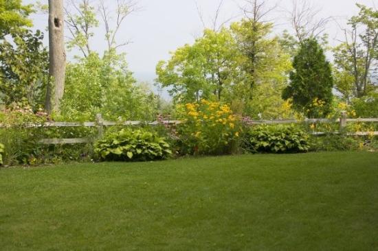 Egg Harbor, Wisconsin: The beautiful terrace at the Landmark Resort in Egg Harbor, Door County!!!