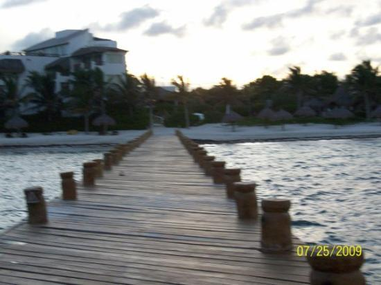 Water Sports In Cancun: Love the evening look..