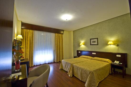 Hotel Derby Sevilla: HABITACIÓN DOBLE