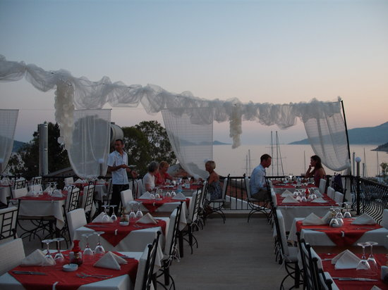 Fez Restaurant: View inside Fez
