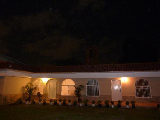 Posada Casa Real: FACHADA