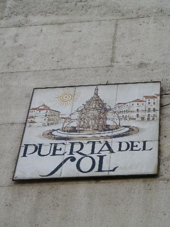 Puerta del sol 3 bild fr n puerta del sol madrid for Puerta del sol 3