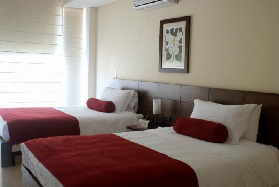 Hotel Florencia Plaza: Habitación Twin