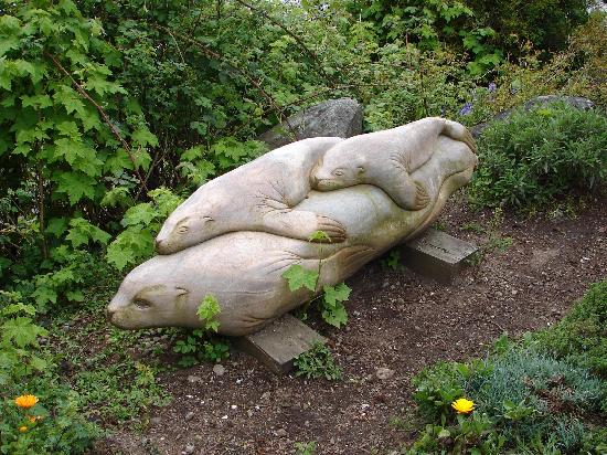 Sooke Harbour House Resort Hotel: One of the Many Garden Sculptures