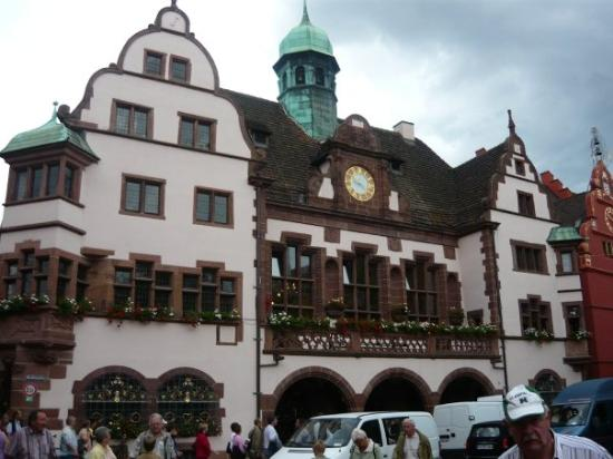 New Town Hall : The Rathaus (Courthouse)
