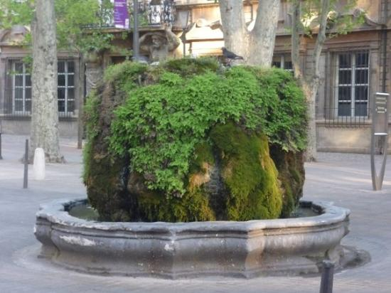 Aix-en-Provence, France : one of many fountains in Aix