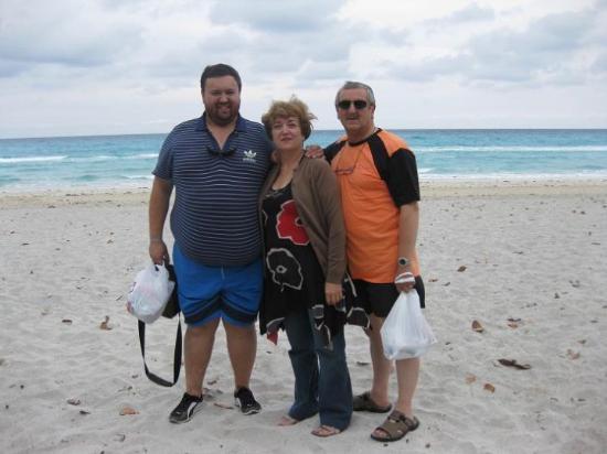 Varadero Beach: En el centro de la ciudad de Varadero. (17.MAR.2010)