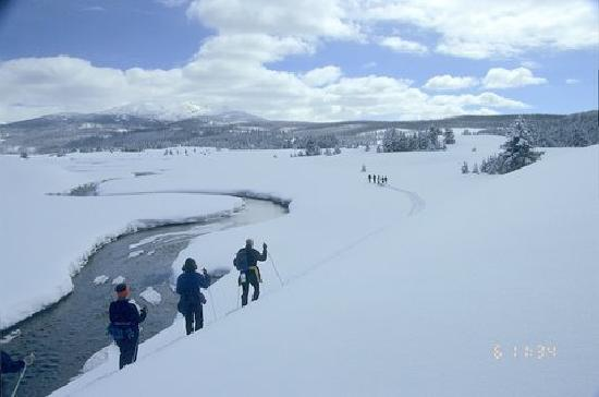 Lone Mountain Ranch: Skiing in Yellowstone with LMR guides