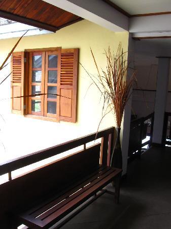 La Maison de Xanamkieng: hallway