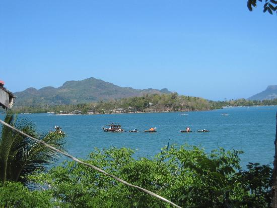 Iloilo City, Filipinler: A typical Estancia Beach View