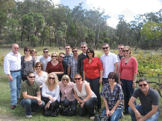 Diamondvale Cottages: All of us on our wine tasting tour!