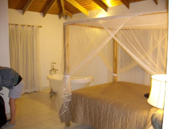 Villa Cocotero: Gorgeous room (it's called the deluxe I think)