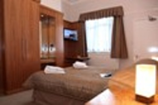 Knowle House Holiday Apartments