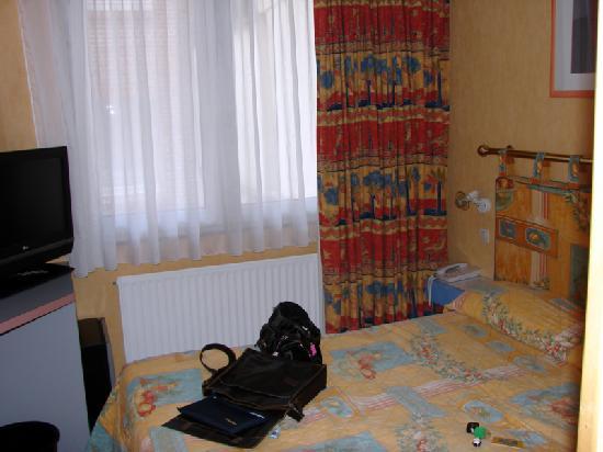 Hôtel de la Treille : Our room