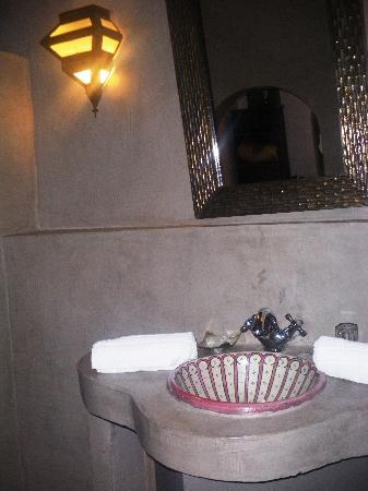 Les Jardins d'Henia : salle de bain