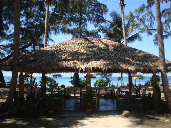 Mai Khao Beach Bungalows: MKBB restaurant
