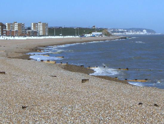 Bexhill-on-Sea, UK: relax in the sun by the beach