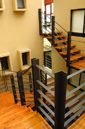 Terrasse Hotel: interior stair