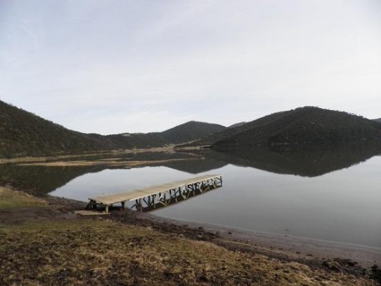 Potatso National Park: Shudu lake: 3705 meters above sea level.