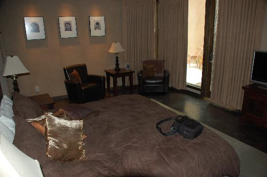 The Escape Resort: Bedroom