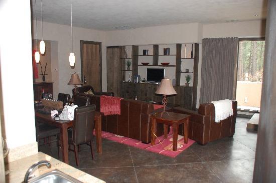The Escape Resort: Living Room