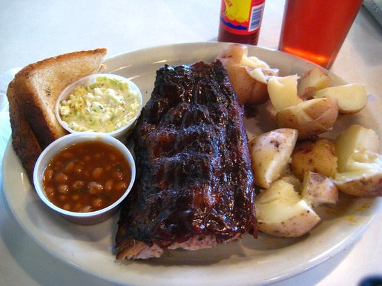 Blues City Cafe: Half rack of Ribs.  Full rack is huge.