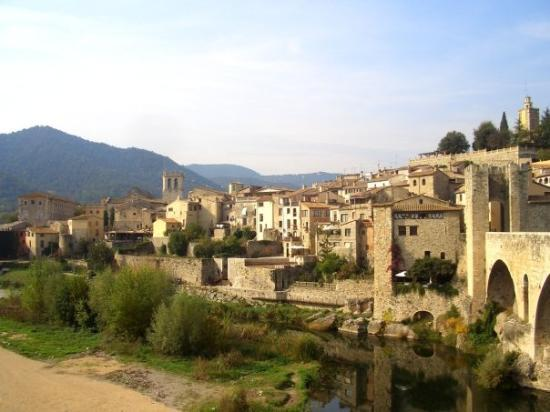 breathtaking Besalu