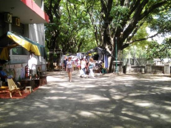 Montevideo, Uruguay: Feria de domingo del Parque Rodó