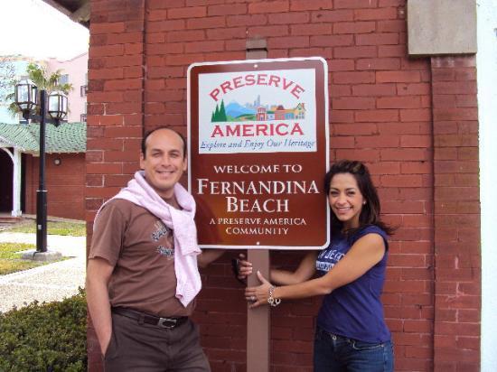 Amelia Island Carriages: En el centro de Fernandina Beach ! In the Fernandina Beach downtown !