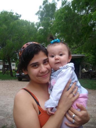 Skidmore, TX: Trina & Mya