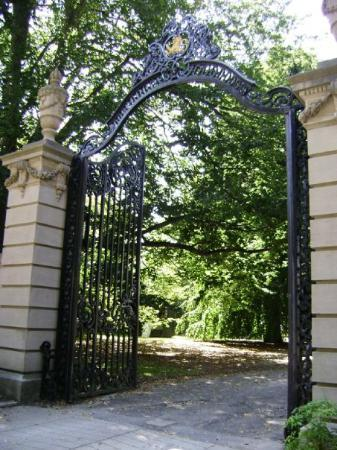 The Elms Mansion Gate One Of The Quot Belleview Mansions Quot In