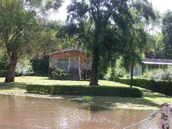 Edificio Sarmiento: fra i canali del delta
