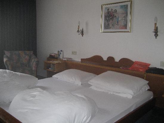 Nauders, Austria: Our double bedroom